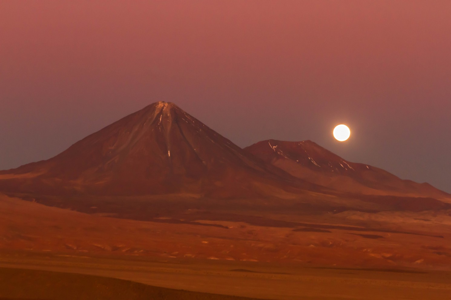 Moonrise over the Licancabur volcano in the Atacama Desert, on the border of Chile and Bolivia on Mallory on Travel adventure travel, photography, travel IainMallory_Chile_MG_9577