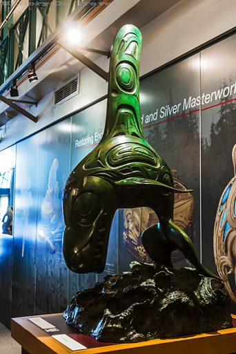 Indigenous art and culture, The Orca or Killer Whale by North West Pacific coast and Haida artist Bill Reid in Vancouver on Mallory on Travel adventure travel, photography, travel Iain_Mallory_Can1400874