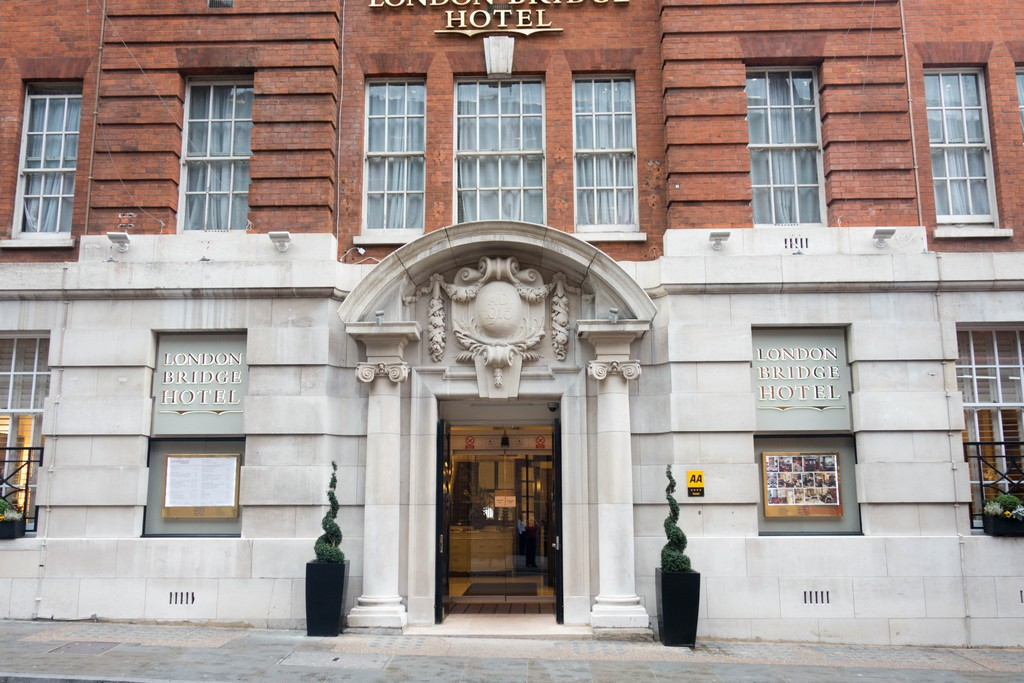 on Mallory London Bridge Hotel in the Southward Borough of London the capital city of the United Kingdom on Travel adventure travel, photography, travel london-bridge-hotel-9