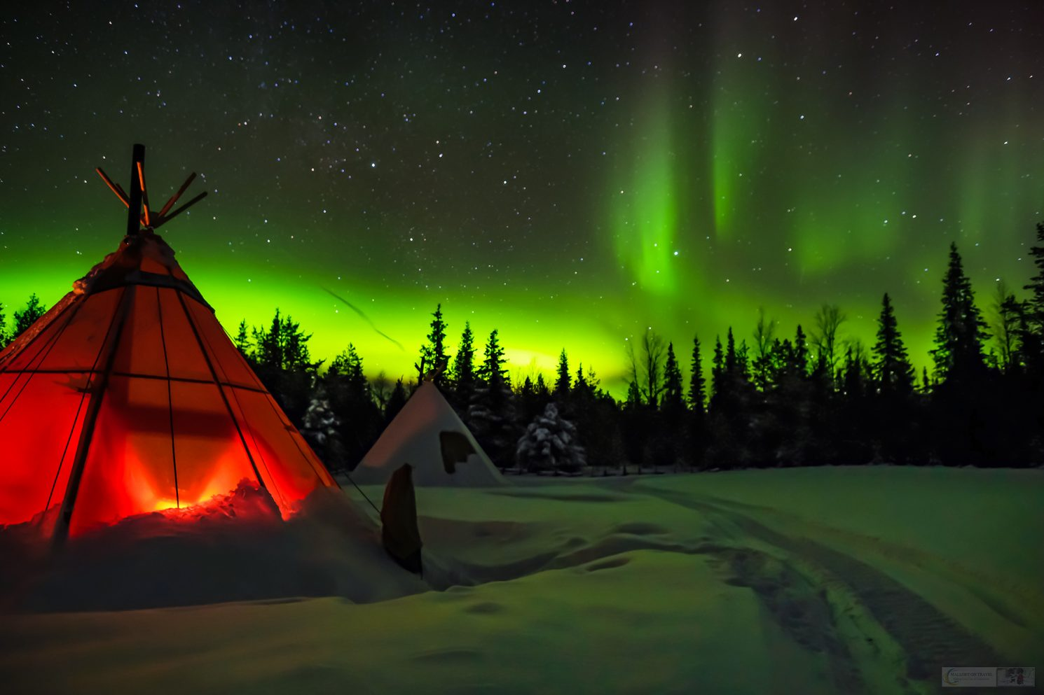 The Northern Lights at Sapminature camp at Nietsak, near Gallivare in Swedish Lapland, inside the Arctic Circle, Arctic Sweden on Mallory on Travel adventure travel, photography, travel Iain Mallory_Lapland-1-5