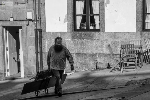 Merchant on the streets of Santiago de Compostela, the capital city of Galicia in Green Spain on Mallory on Travel adventure travel, photography, travel Iain Mallory_spain 003-3